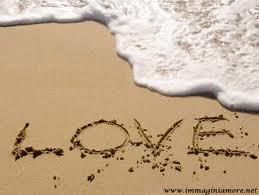 Con l'Amore puoi fare cose dolci per le persone che conosci e per quelle che stanno lontano da te. Con l'Amore puoi servire, aiutare e consigliare nel migliore dei modi. Con l'Amore puoi creare armonia. nei tuoi stadi d'animo. Puoi essere! Con l'Amore riesci a vedere la Luce che alberga nell'intimo della gente. Con l'Amore le tue virtù nascoste vengono a galla e puoi esternarle.  Con l'Amore puoi gioire e fa gioire!  Sia la tua vita un profumo d'Amore!