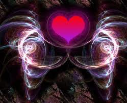 La strada del cuore - Omraam Mikhaël Aïvanhov  Posted on 06. December 2010 by pomodorozen Avete la sensazione profonda di aver trovato la strada giusta? Allora,  seguitela senza chiedere l'opinione di nessuno. Se volete assolutamente porre delle domande, ponetele alla vostra anima, al vostro spirito, al vostro Dio interiore. Obietterete che non avete mai ricevuto la minima risposta da loro: ebbene, vi sbagliate. Ogni volta che interrogate il principio divino che è in voi, ricevete una risposta. Se non la sentite, significa che i muri della vostra coscienza sono troppo spessi. Diminuite lo spessore di quei muri, e constaterete che ogni volta vi viene data una risposta. Quando avete bisogno di essere guidati, rivolgete la vostra domanda al Cielo: fatelo sinceramente, intensamente. Una volta espressa la domanda, non pensateci più: la risposta verrà, entro un lasso di tempo più o meno lungo, tramite un animale, un oggetto, una frase letta o ascoltata, l'incontro con una persona, un sogno. Naturalmente, per riconoscerla bisogna saper essere attenti. Se ci riuscirete, sarete stupiti nel vedere il modo in cui il mondo invisibile vi dà le sue risposte. (Omraam Mikhaël Aïvanhov)